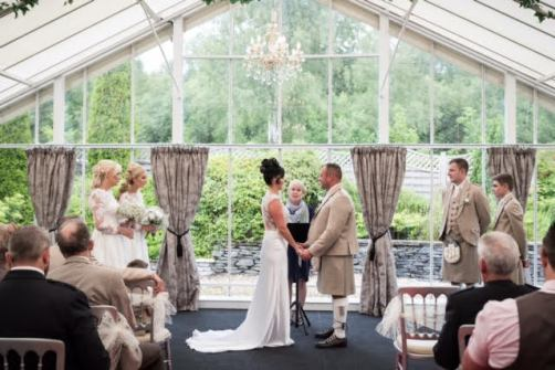 Stacey and George make their vows at Loch Lomond Waterfront